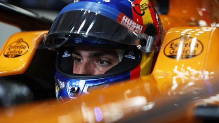 """Sainz over McLaren en Renault-motor: """"We zitten nog achter Ferrari en Mercedes"""""""