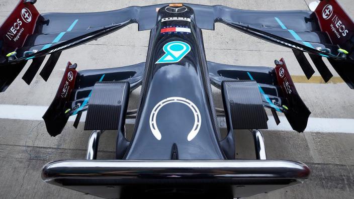 Mercedes racet dit weekend met bijzonder eerbetoon aan Sir Stirling Moss