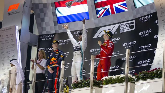 Hill: 'Als je Hamilton wilt laten wankelen, moet je doen wat Rosberg deed'