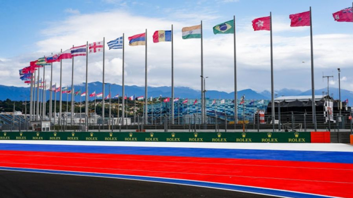 Hamilton wants Sochi completely changed