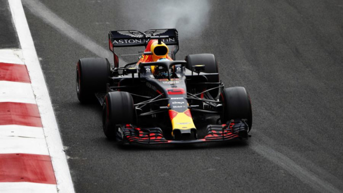 Ricciardo grid penalty caused by Mexico marshals