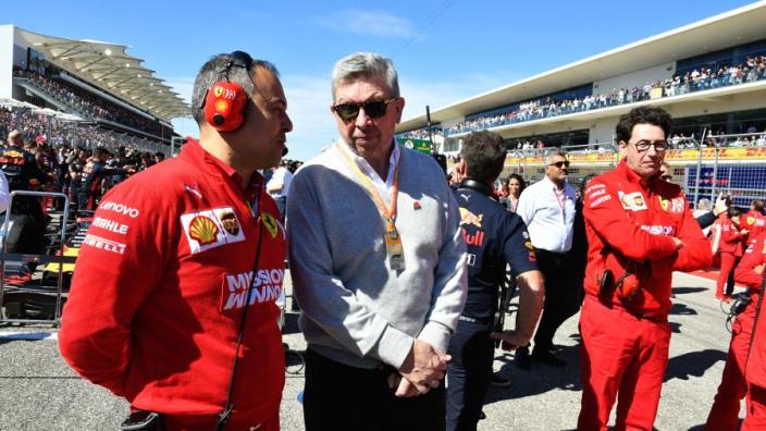 """Brawn fel op Ferrari: """"Zouden een voorbeeld moeten nemen aan Hamilton"""""""