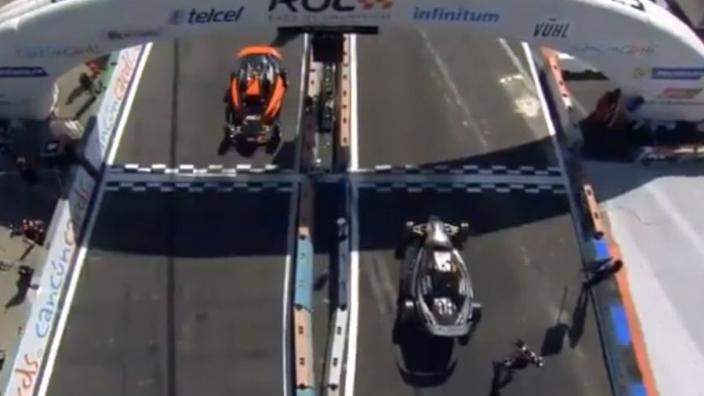 VIDEO: Vettel vs. Schumacher bij Race of Champions