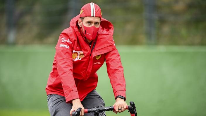 """Vettel kon zijn oren niet geloven: """"Ik ben geschokt dat je dat zo formuleert"""""""