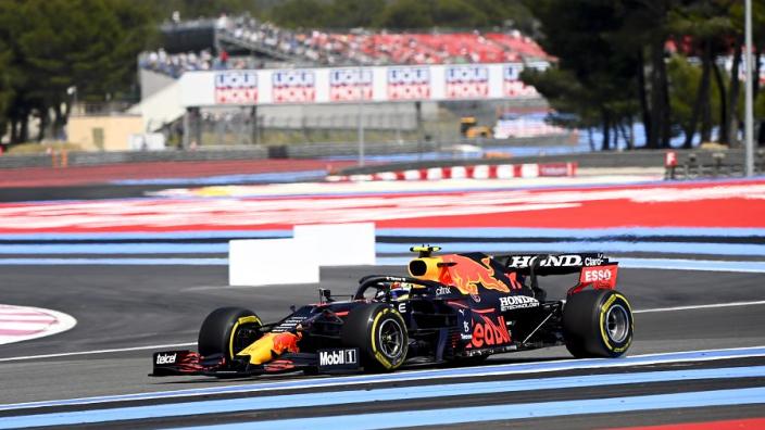 Verstappen verrast na pole in Frankrijk: 'Heb nu veel meer vertrouwen dan in Barcelona'