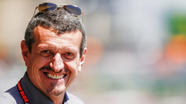 """Steiner blij met aanblijven Haas-coureurs: """"Dit is het beste"""""""