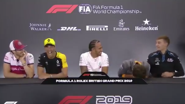 VIDEO: F1-teams vieren Internationale Dag van het Geluk