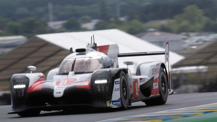24u van Le Mans: Alonso pakt winst met Toyota, Bleekemolen zegeviert ook