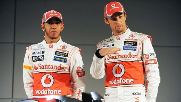 """Jenson Button onthult: """"Hamilton naast de baan beetje vreemd"""""""