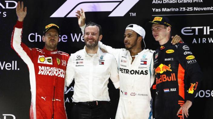 Verstappen achter Hamilton in top tien van de teambazen