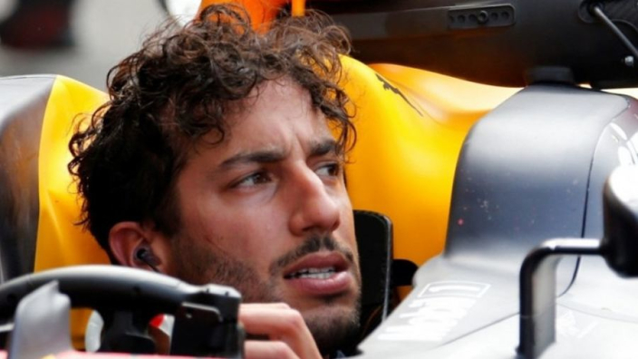 Ricciardo's Renault move 'will test his love of the sport'