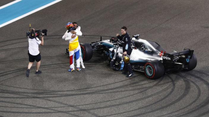 Hamilton, Vettel hail 'true legend' Alonso