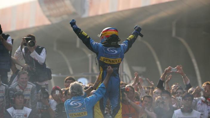 """Alonso over terugkeer in F1: """"Mijn ambities komen overeen met plannen Renault"""