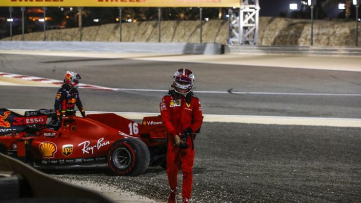 """Verstappen kan niets met kritiek Leclerc: """"Wat boeit mij het wat hij allemaal zegt"""""""