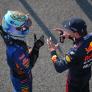 """Ricciardo tikkeltje jaloers op Verstappen: """"Die Nederlandse fans zijn echt heel vet"""""""