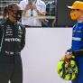 Norris kritisch op FIA-stewards: 'Verstappen lag allang voor Hamilton'
