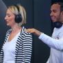 VIDEO: Hamilton pranks Mercedes fans!