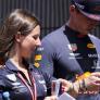 Wie is die dame naast Max Verstappen? | FactChecker