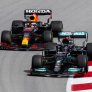Mercedes sneert in video naar Verstappen: 'That's how we do it!'