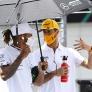 """Ricciardo niet bang voor Hamilton en Verstappen: """"Zal ze aanvallen als het kan"""""""