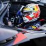 Verstappen lovend over Valkyrie: 'Dichter bij een F1-auto kom je niet'