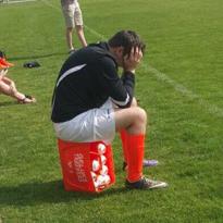 Dit zijn de 5 stadia die je doormaakt tijdens een brakke voetbaldag